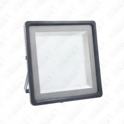 VT-491000 1000W LED Floodlight With Meanwell Driver 5 Years Warranty 100° 4500K